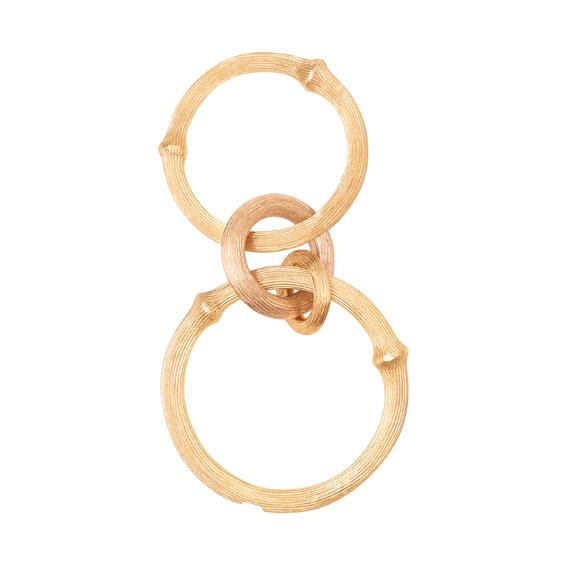 Mestergull Nature ring i 18 kt. Gult gull med 2 vedheng, 1 i Gult gull og 1 i rosé gull. LYNGGAARD Nature Ring