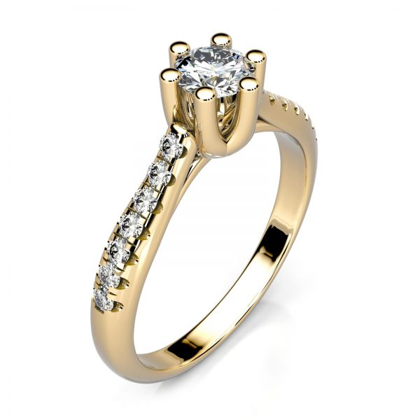 Mestergull Ring i gult gull med 15 diamanter spesialdesignet for kunde. Senterstenen er 0,23 ct. og skulderstenene er hver 0,01 ct. Totalt 0,37 ct. HSI DESIGN STUDIO Spesialdesign Ring