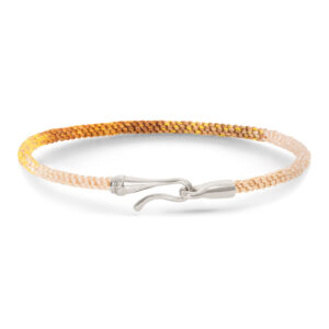 Mestergull Life armbånd med sølvlås i fargen Golden Day LYNGGAARD Life Armbånd