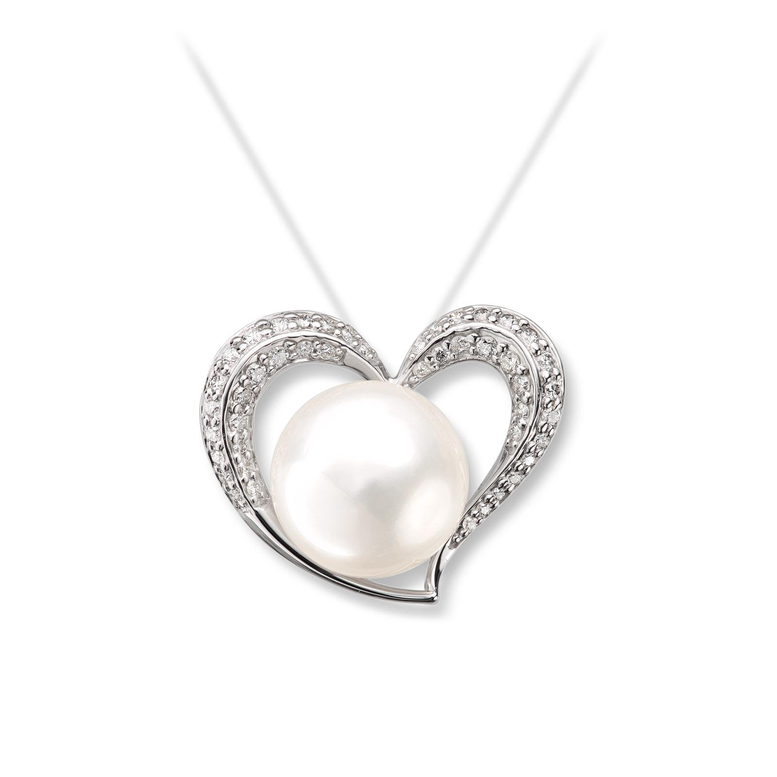 Mestergull Flott anheng i hvitt gull med diamanter og ferskvannsperle MG DIAMONDS Anheng