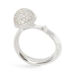 Mestergull Ring Lotus medium i 18 K Hvitt gull pavé med 76 diamanter totalt 0,40 ct TwVs LYNGGAARD Lotus Ring