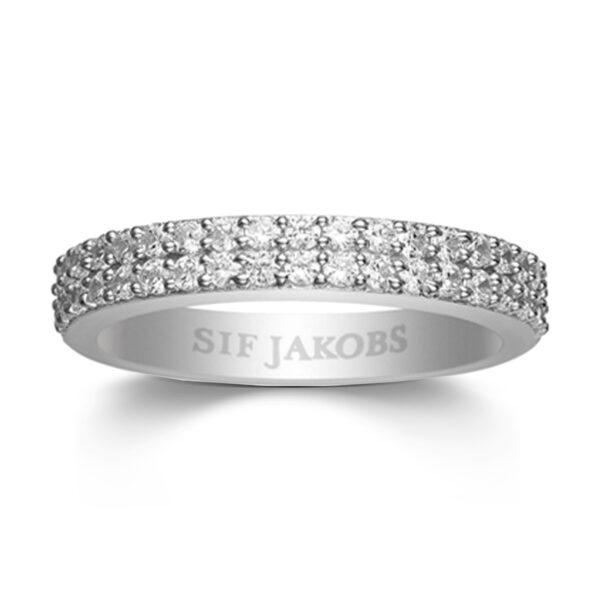 Mestergull Ring i sølv 925S rhodinert, med blankpolert overflate og fasettslepne klare Zirkonia. SIF JACOBS JEWELLERY Corte Ring
