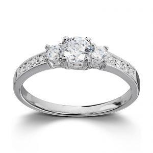 Mestergull Populær sølvring med hvite cubic zirkonia. Dette er vår bestselger! GID Ring