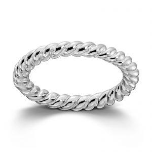 Mestergull Sølv ring tvunnet. Denne er fin i kombinasjon med flere ringer fra GID Stackable. GID Stackable Ring