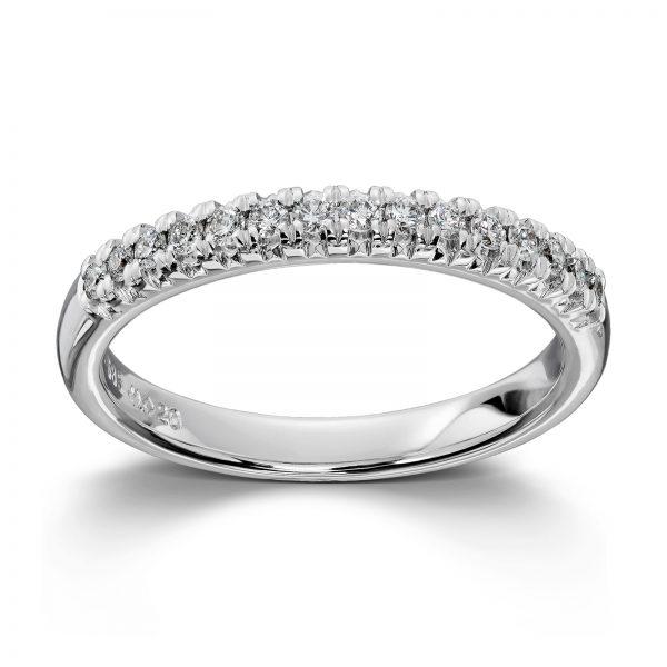 Mestergull Enkel og delikat ring i hvitt gull med diamanter MG DIAMONDS Ring