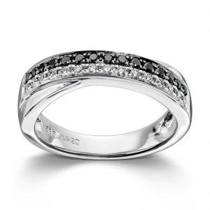 Mestergull Flott ring i hvitt gull med hvite og sorte diamanter MG DIAMONDS Ring