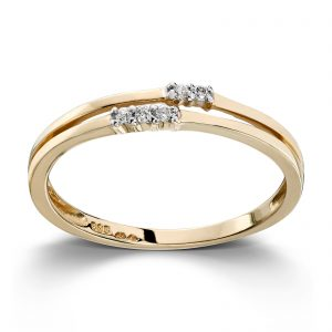 Mestergull Flott ring i gult gull med diamaner MESTERGULL Ring