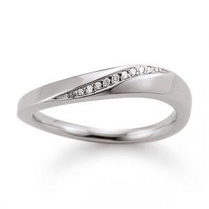 Mestergull Fin ring i rhodinert sølv med diamanter VIVENTY Ring