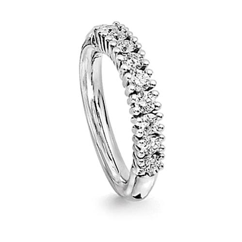 Mestergull Celebration Ring i 18 K Hvitt gull med 9 diamanter totalt 0,72 ct. TwVs LYNGGAARD Celebration Ring