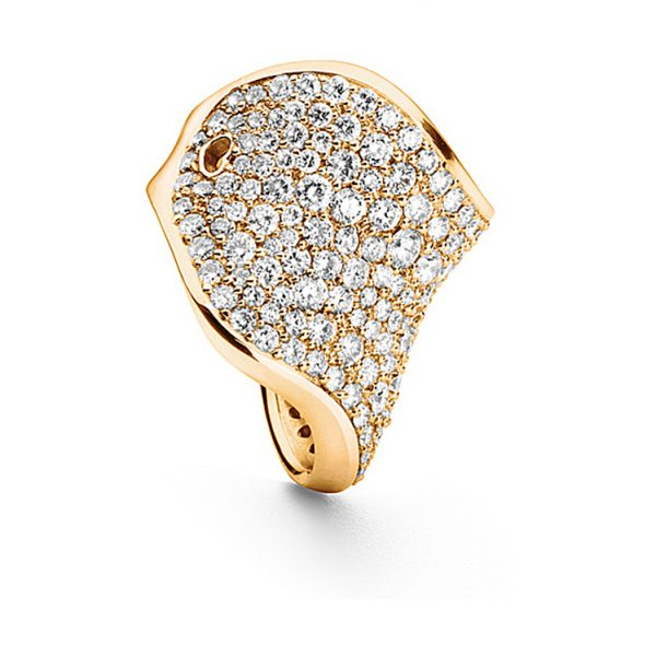 Mestergull The Kiss Ring i 18 K Gult Gull pavé med 195 diamanter totalt 4,26 ct TwVs LYNGGAARD The Kiss Ring
