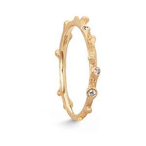 Mestergull Nature ring i 18 K Gult gull med 5 diamanter totalt 0,04 ct. TwVs LYNGGAARD Nature Ring