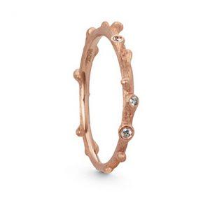 Mestergull Nature ring i 18 K Rosé gull med 5 diamanter totalt 0,04 ct. TwVs LYNGGAARD Nature Ring