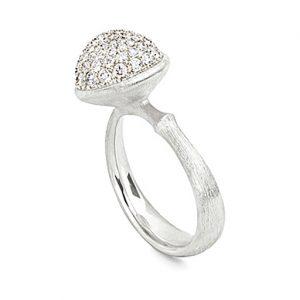 Mestergull Ring Lotus stor i 18 K Hvitt gull pavé med 76 diamanter totalt 0,66 ct TwVs LYNGGAARD Lotus Ring