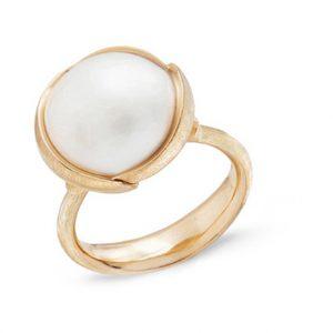 Mestergull Ring stor Lotus i 18 K Gult gull med mabe perle LYNGGAARD Lotus Ring