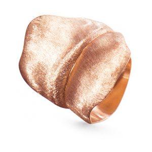 Mestergull Leaves Ring stor i 18 K Rosé gull LYNGGAARD Leaves Ring