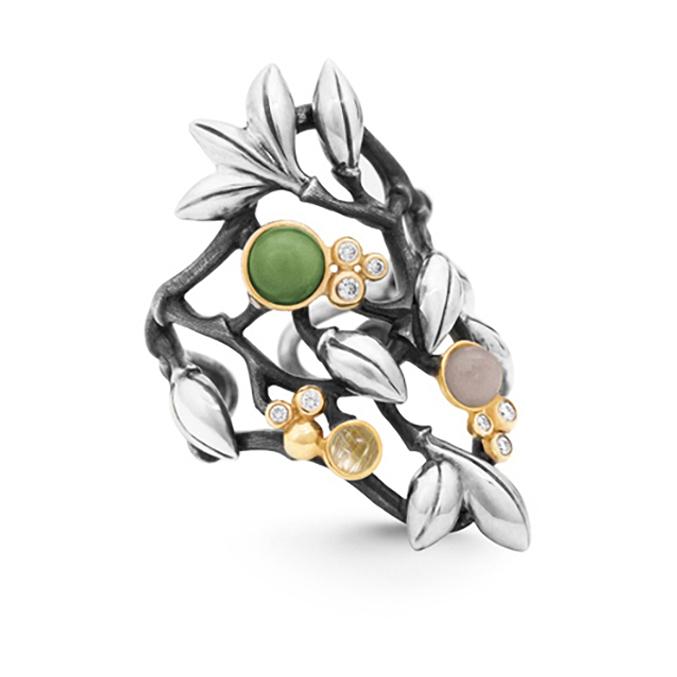 Mestergull Forest ring stor i sølv med 18 K Gult gull detaljer 8 diamanter totalt 0,08 ct. TwVs Sepentin, grå månesten og rutilkvarts LYNGGAARD Forest Ring