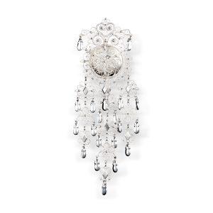 Mestergull Filigransølje med heng i hvitt sølv til Meldalsbunaden. Søljen er svært detaljrik og er laget etter en modell fra slutten av 1800-talet. Finnes også i en mindre størrelse. NORSK BUNADSØLV Sølje