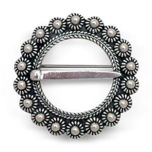 Mestergull Halsring i oksidert sølv NORSK BUNADSØLV Halsknapp