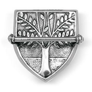 Mestergull Våpenskjoldforma veskestøl i oksidert sølv til Askøybunaden. NORSK BUNADSØLV Belte