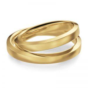 Mestergull Ringer i profil 3 er klassiske og elegante. Svakt skrånende side og innvendig buet gir både et lekkert uttrykk og god komfort. Ringene er utfør i gult gull og bredde 3,0 mm. Prisen nedenfor er pr. ring. LYKKERINGENE Eksempel Ring