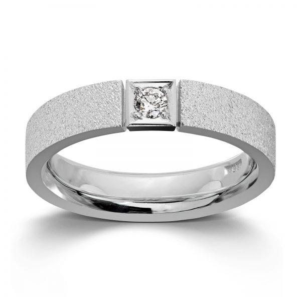Mestergull Ring i hvitt gull med 1 dia. 0,10 carat TWSI. Det er mulig å fatte flere dia. i ringen. Pris pr. dia. inkl. arbeid kr 4500,- VAN BERGEN Classic Ring