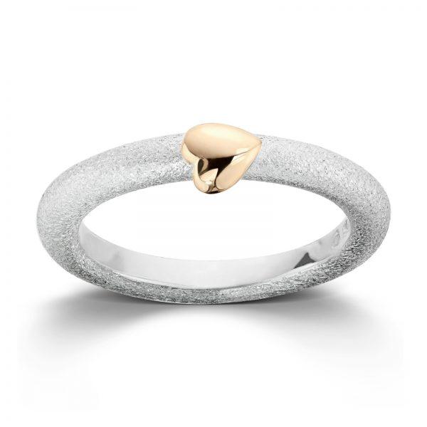 Mestergull Sølv ring med gult gull hjerte. VAN BERGEN Silver Heart Ring