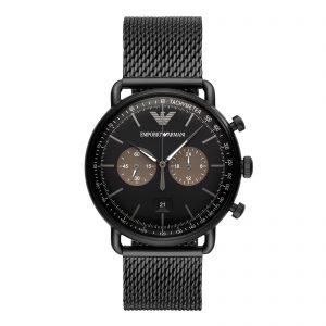 Mestergull Denne 43mm uret har en svart solskive med svart pinnevisere, kronografbevegelse og svart stålarmbånd. ARMANI Ur