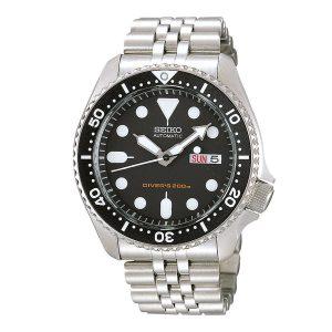 Mestergull Tøft dykker ur til herre med sort urskive. Kasse og lenke i rustfritt stål SEIKO Seiko Driver Ur