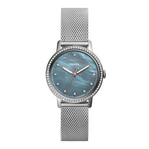Mestergull En lett timepiece med et moderne mesh armbånd som er lett å bære sammen med ditt daglige sortiment. FOSSIL Ur