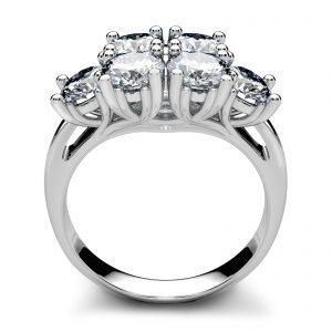 Mestergull Coctailring i hvitt gull med 6 diamanter á 0,45 ct. totalt 2,73 ct. utviklet etter kundens designønske DESIGN STUDIO Spesialdesign Ring