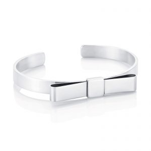Mestergull A clean and feminine collection. For every woman. - Efva Attling EFVA ATTLING Bow Wow Wow Armring