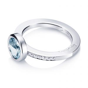 Mestergull Nydelig ring i hvitt eller gult gull med aquamarine og diamanter EFVA ATTLING High Aqua Ring