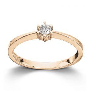 Mestergull Klondike er enstens serien med de gode prisene. Et elegant design med matchende diamantring, anheng og ørepynt i gult eller hvitt gull. Diamanten velger du i størrelsene 0,03 ct. til 0,20 ct. KLONDIKE Ring