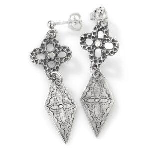 Mestergull Stor ørepynt i oksidert sølv, med robeløv og mellomheng, til Romeriksbunaden ROMERIKSSLV Ørepynt
