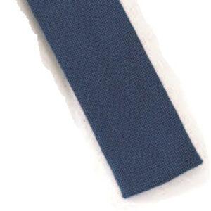 Mestergull Stoffbelte i blått til Romeriksbunaden, beltet er stivet opp med viselin slik at stølene skal henge pent ROMERIKSSLV Belte