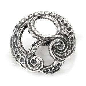 Mestergull Stor herreknapp i oksidert sølv til Romeriksbunaden, motiv hentet fra herresølja, det benyttes 16 stk pr. bunad ROMERIKSSLV Knapp