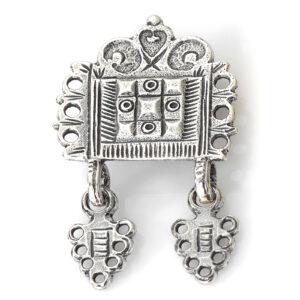 Mestergull Støl til barn i oksidert sølv til Romeriksbunaden ROMERIKSSLV Belte