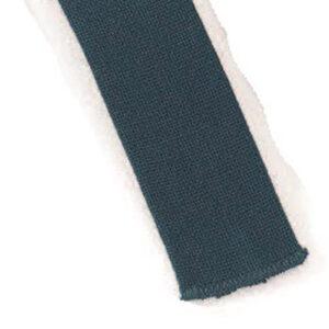 Mestergull Stoffbelte i blågrønn til Romeriksbunaden, beltet er stivet opp med viselin slik at stølene skal henge pent ROMERIKSSLV Belte
