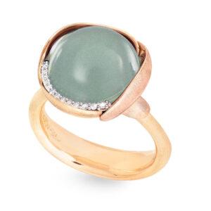 Mestergull Ring Lotus str. 3 i 18 K Gult gull med to blad i rosé gull -13 diamanter totalt 0,05 ct. TwVs - Akvamarin LYNGGAARD Lotus Ring