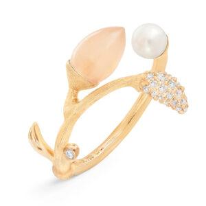 Mestergull Blooming ring i 18 K Gult gull Pavé blad med 25 diamanter totalt 0,10 ct. TwVs Blush månesten og perskvannsperle LYNGGAARD Blooming Ring