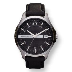Mestergull En sporty rutenett-stil skive gir en høyteknologisk, strømlinjeformet utseende til denne klokken. ARMANI EXCHANGE Ur