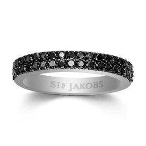 Mestergull Ring i sølv 925S rhodinert, med blankpolert overflate og fasettslepne sorte Zirkonia. SIF JACOBS JEWELLERY Corte Ring