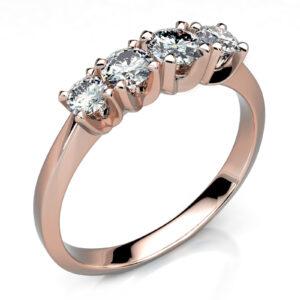 Mestergull Ring i rosè gull 585 utviklet for gjenbruk av kundens diamanter fra arvesmykker DESIGN STUDIO Spesialdesign Ring